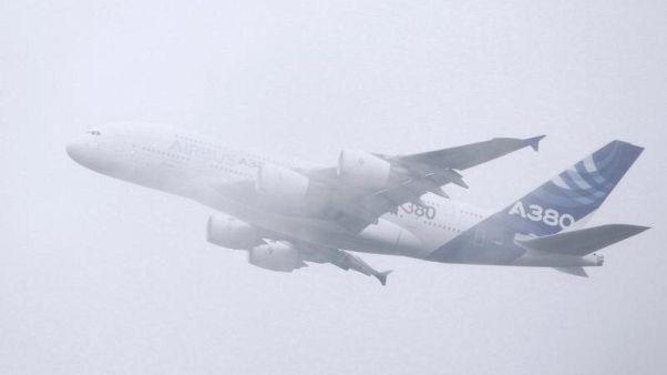 مصادر: إيرباص قد تخفض انتاج A380 إلى 6 طائرات سنويا