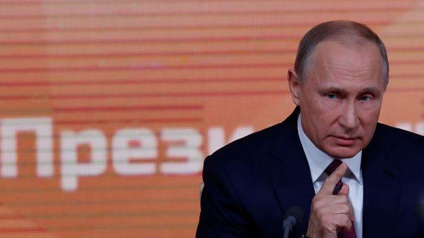 بوتين يأسف لعدم وجود منافسين يعتد بهم في انتخابات الرئاسة القادمة