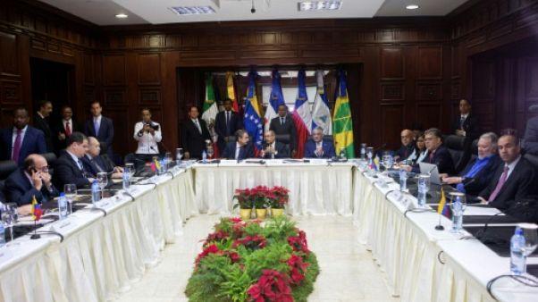 Venezuela: gouvernement et opposition dialoguent en République dominicaine
