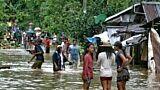 Tempête aux Philippines : trois morts et des dizaines de milliers de personnes évacuées