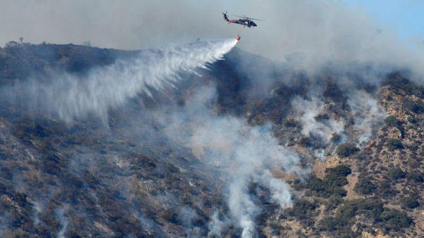 توماس يصبح ثالث أكبر حريق في تاريخ ولاية كاليفورنيا الأمريكية