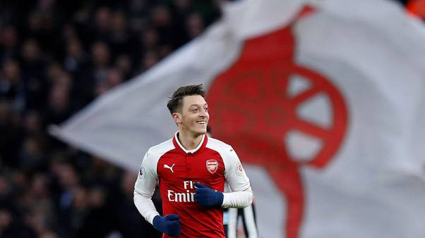 Ozil volley gives Arsenal 1-0 win over Newcastle