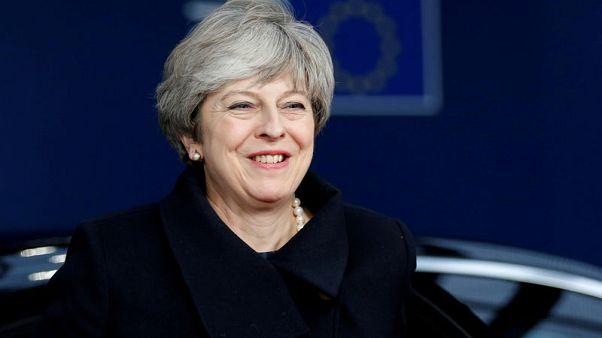 رئيسة وزراء بريطانيا: الانسحاب من الاتحاد الأوروبي لن يخرج عن مساره