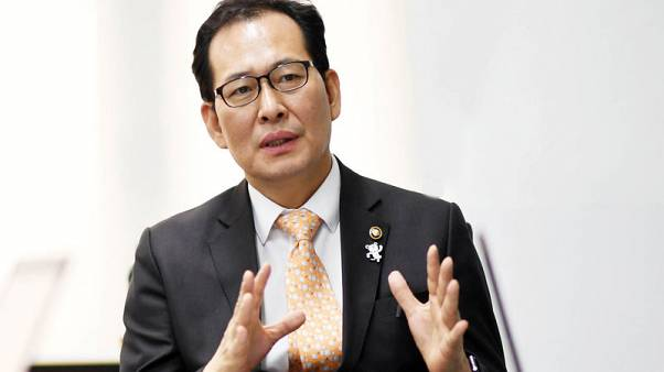 South Korea vice finance minister sees Chinese tourists return as ties improve