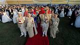 حفل زفاف جماعي لخمسين من الأزواج الصينيين في سريلانكا