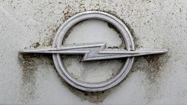 PSA's Opel to shorten workers' hours in restructuring