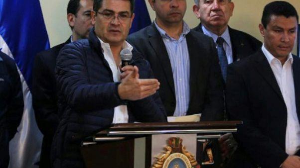 Honduras: le président sortant déclaré vainqueur, l'opposition appelle à manifester