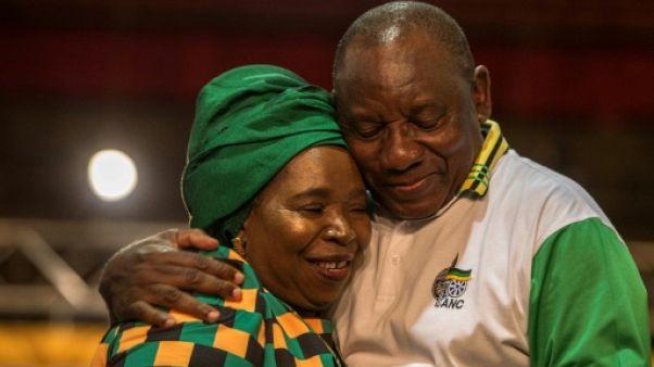 Afrique du Sud: à peine élu, le nouveau chef de l'ANC confronté à de nouvelles batailles