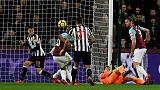 Poor defence lets West Ham down, says Moyes