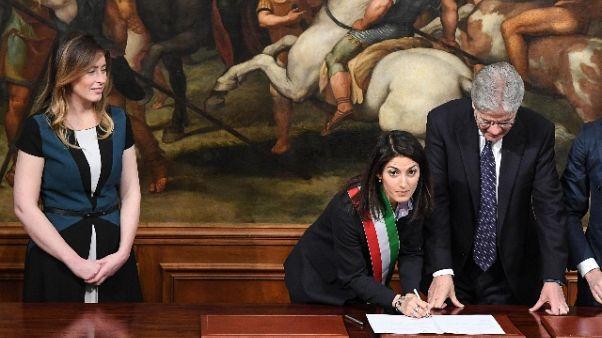 Raggi sente Gentiloni su debito di Roma