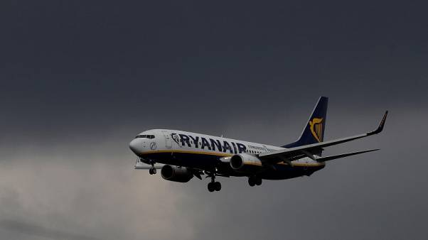 Ryanair says will meet with cabin crew unions too
