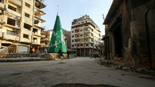 Ravagée par la guerre, la cité syrienne de Homs renoue avec l'esprit de Noël