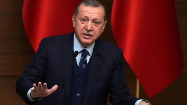 """Jérusalem: Erdogan exhorte le monde à ne pas se """"vendre"""" pour les """"dollars"""" de Trump"""