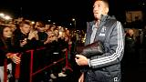 Man United's Smalling looking forward to Vardy challenge
