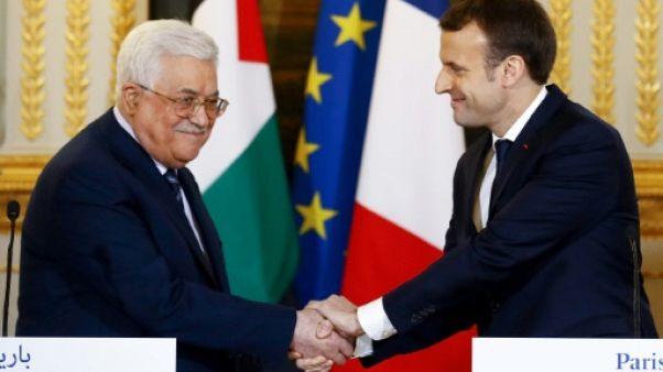 """Israël-Palestine: Abbas prévient qu'il n'acceptera """"aucun plan"""" de paix américain"""