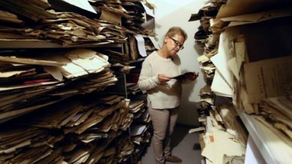 Lituanie: le passé juif ressurgit d'anciens papiers cachés dans une église