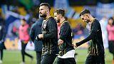 Protesta tifosi Benevento'siete indegni'