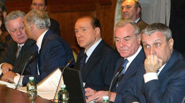 Berlusconi, vicini maggioranza assoluta