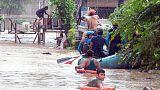 مسؤولون: أكثر من 100 قتيل في انهيارات طينية وسيول بالفلبين