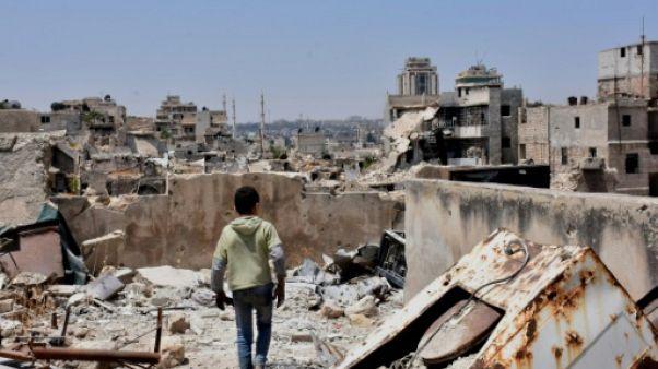 Un an après la chute d'Alep, des réfugiés en France hantés par la douleur du départ