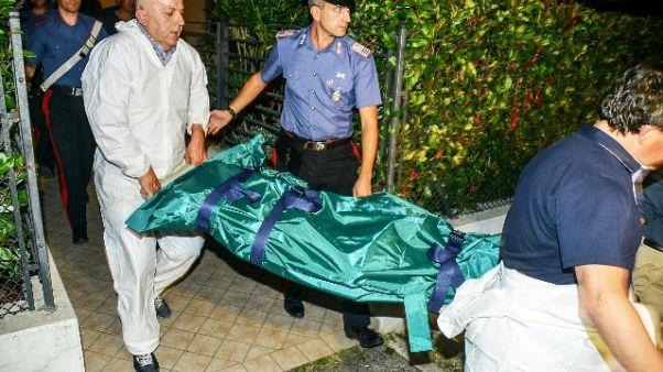 Uomo trovato morto con pinza nella nuca