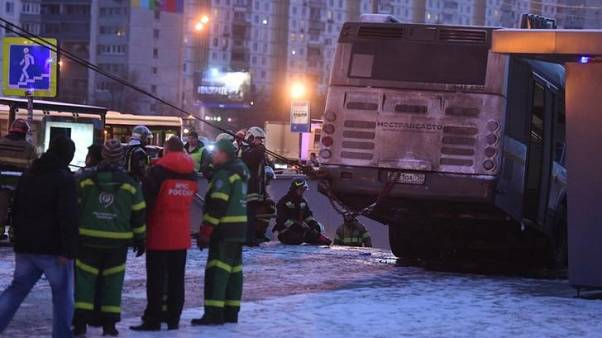 وكالات: حافلة تقتحم ممرا للمشاة وتقتل أربعة أشخاص في موسكو