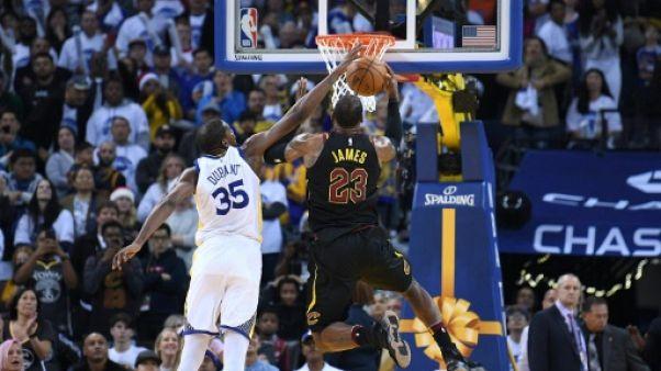 NBA: Golden State domine Cleveland, Houston perd encore à Oklahoma City