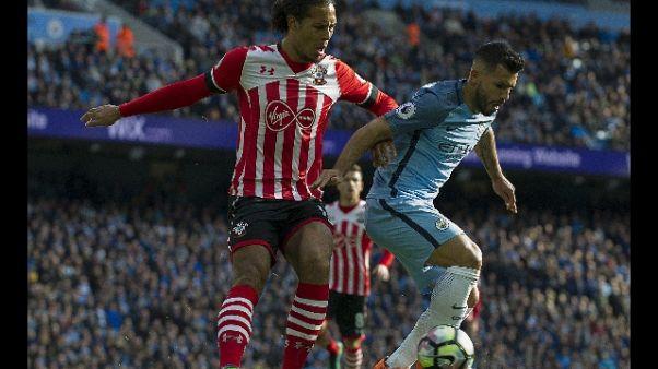 City sfida Guardiola per Van Dijk
