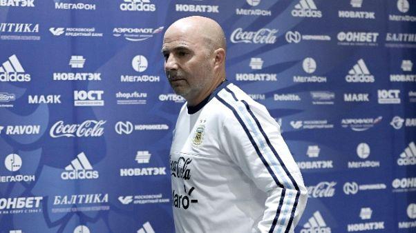 Calcio: Sampaoli si scusa dopo offese