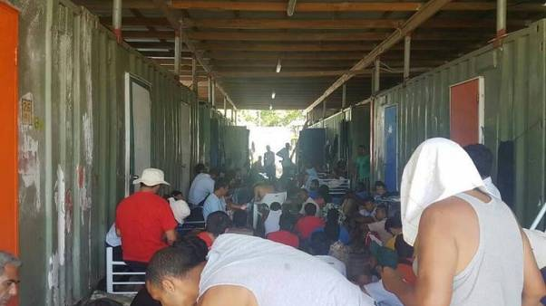 Detained asylum-seekers win right to sue Papua New Guinea government for compensation