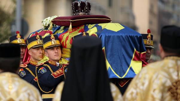 Thousands of Romanians mourn former king Michael