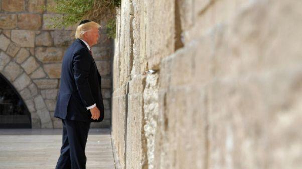 Jérusalem: la station de train près du mur des Lamentations portera le nom de Trump