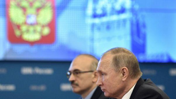 Poutine dépose son dossier de candidature pour la présidentielle