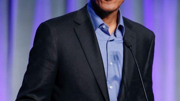 أوباما يحث القادة على عدم تقسيم المجتمعات من خلال وسائل التواصل الاجتماعي