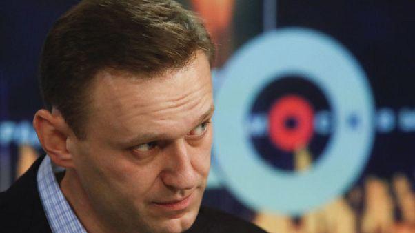 نافالني معارض بوتين يدعو لتجمعات جماهيرية لمقاطعة الانتخابات