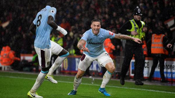 Moyes targets midfield reinforcements to bolster Hammers