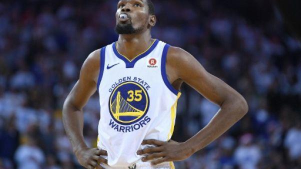NBA: les Warriors planent, les Cavaliers tombent