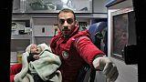 Nouvelles évacuations de malades d'une zone assiégée de Syrie