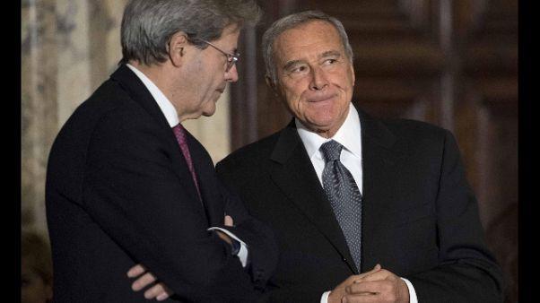 Gentiloni,c'è sinistra governo per Paese