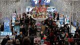 مبيعات موسم العطلات في أمريكا تتجه لتحطيم الأرقام القياسية