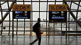 Une famille zimbabwéenne bloquée depuis deux mois à l'aéroport de Bangkok