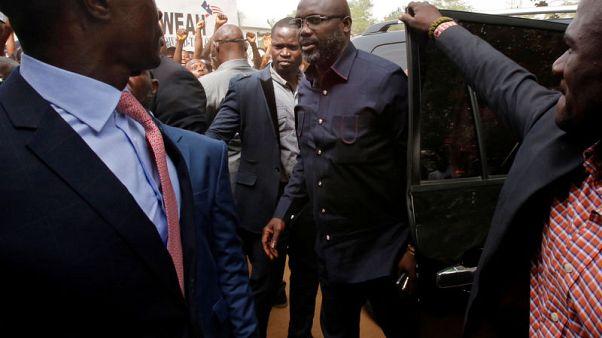 فوز نجم كرة القدم جورج ويا برئاسة ليبيريا
