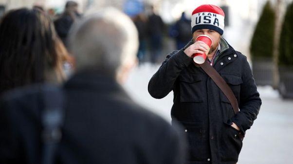 البرد القارس يجتاح شمال شرق أمريكا والثلج ينهمر في الجنوب