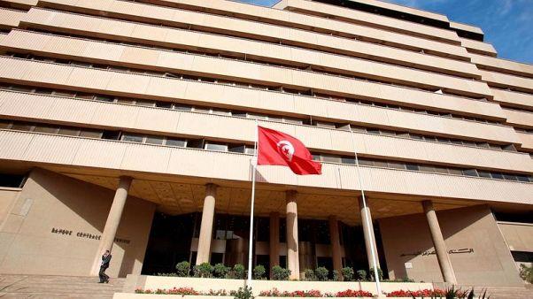 العجز التجاري لتونس يسجل مستوى قياسيا مرتفعا عند 5.82 مليار دولار
