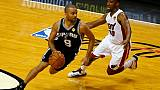 NBA: Boston surprend Houston, Parker domine Ntilikina