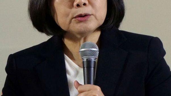 رئيسة تايوان تحذر الصين من أي عدوان عسكري
