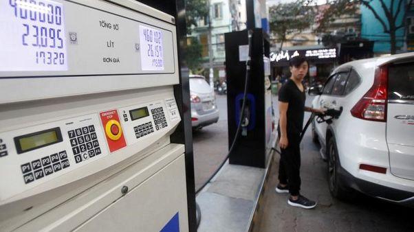 أسعار النفط تصعد حوالي دولارين وسط أجواء تفاؤل في السوق