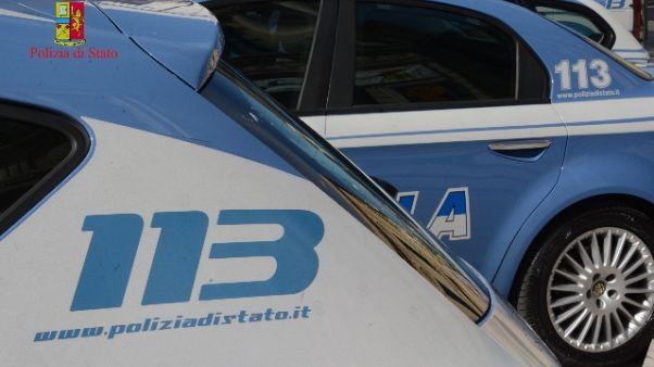 Cammina sui tetti,cade e muore a Bolzano