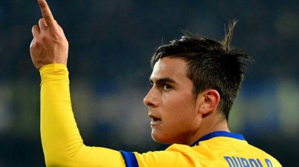 Italie: La Juventus et Naples s'échappent