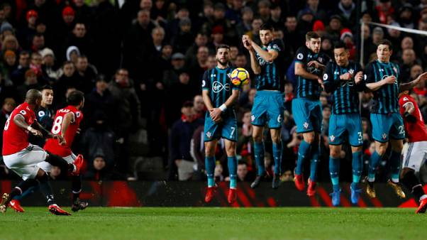United slip to third after goalless draw with Southampton